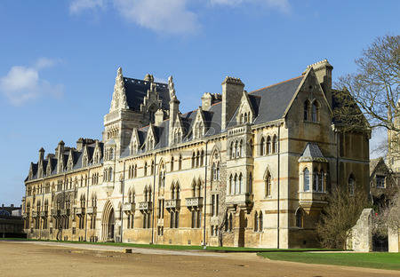 55920558-christ-church-college-oxford-oxfordshire-uk.jpg