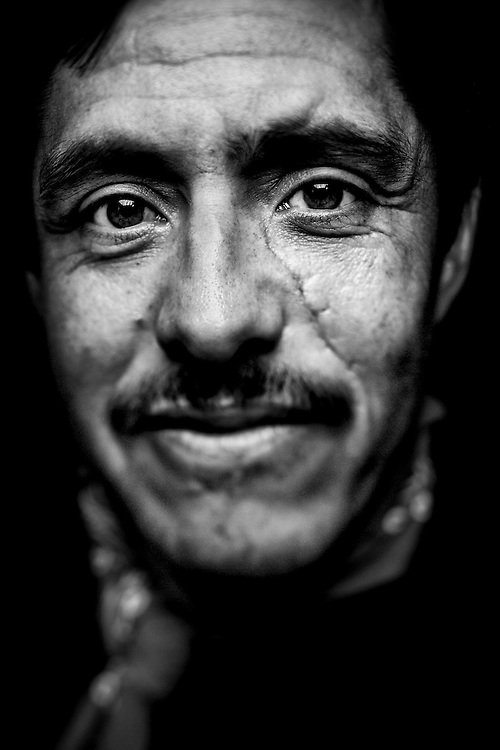 day-laborer-hispanic-face-black-white-immigrant-head-shot-1.jpg.710128b2e72b5aad91e60bf17b94db6c.jpg